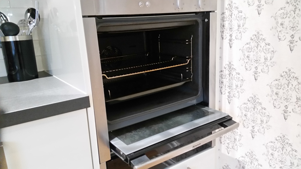 neff slide and hide oven cleaning sheffield oven cleaner sheffield. Black Bedroom Furniture Sets. Home Design Ideas